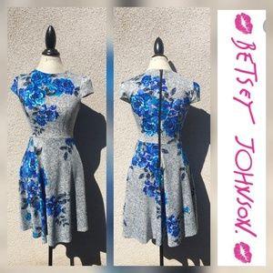Betsey Johnson floral fit & flair cap sleeve dress